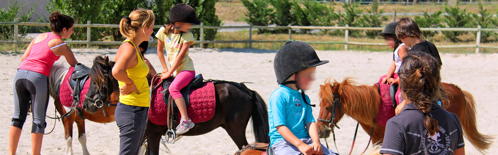 centre-equestre-camping-aude
