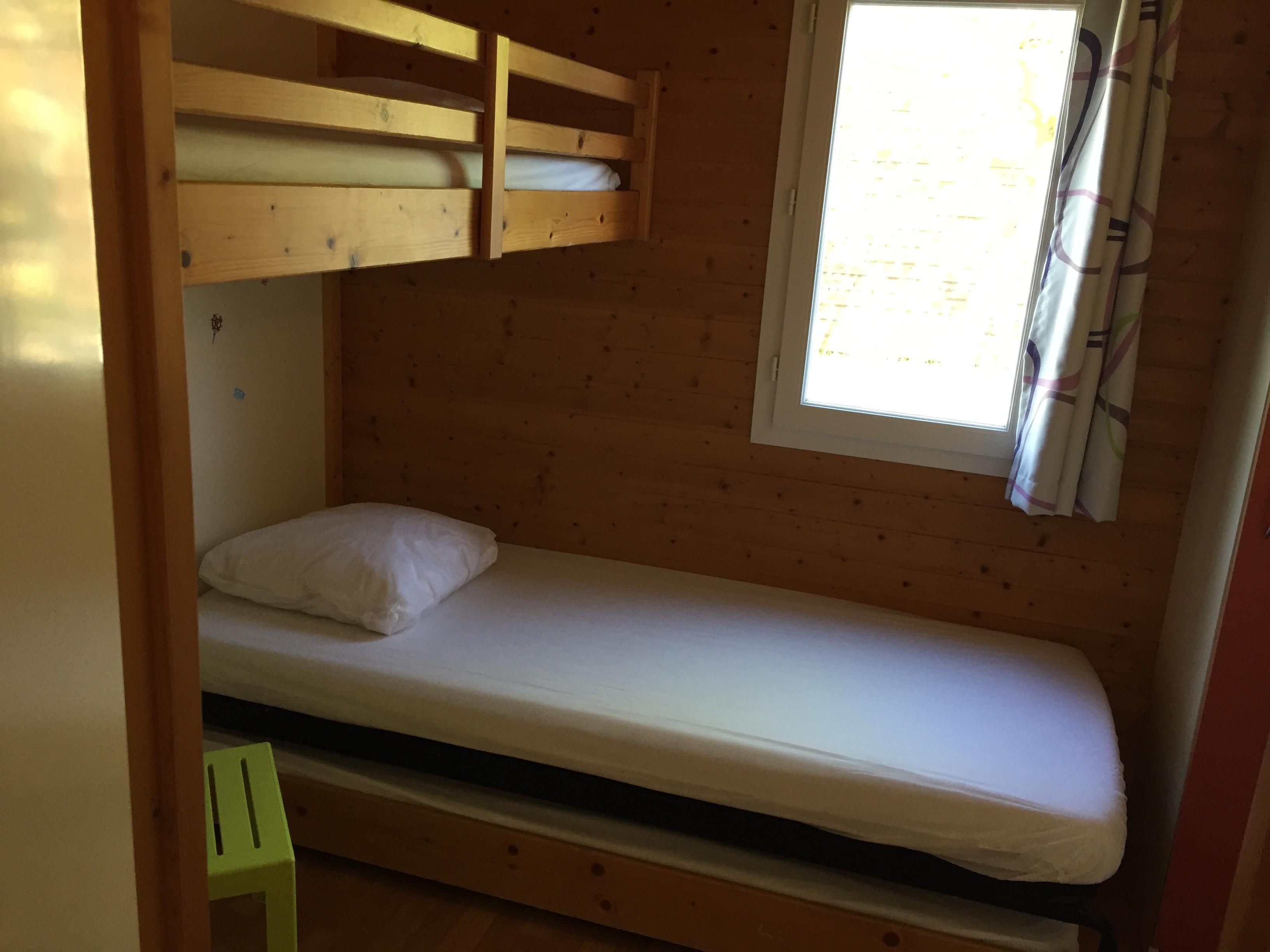 Chambre enfants avec lit superposé