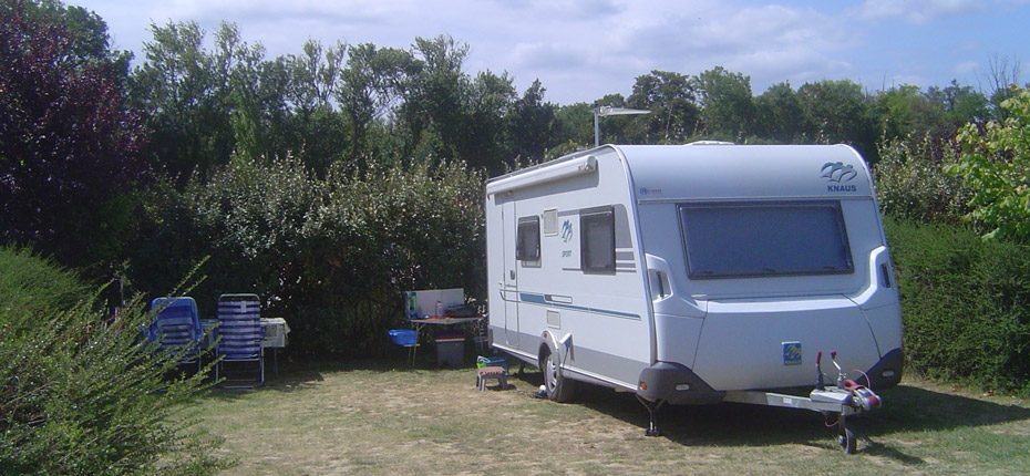 emplacement-caravane-camping-carcassonne